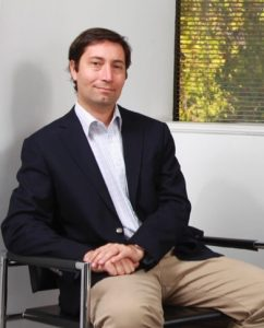 """""""Profesionales que cursan MBA aumentan su salario entre 15% y 27%"""", diario el Pulso, 23/05/17"""